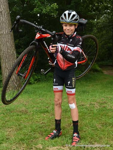Avia-Rudyco-Janatrans Cycling Team (421)