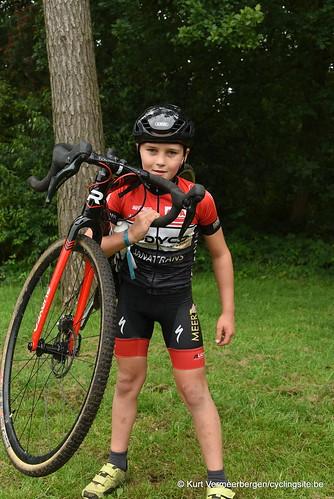 Avia-Rudyco-Janatrans Cycling Team (414)