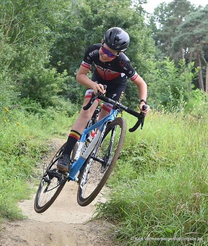 Avia-Rudyco-Janatrans Cycling Team (157)