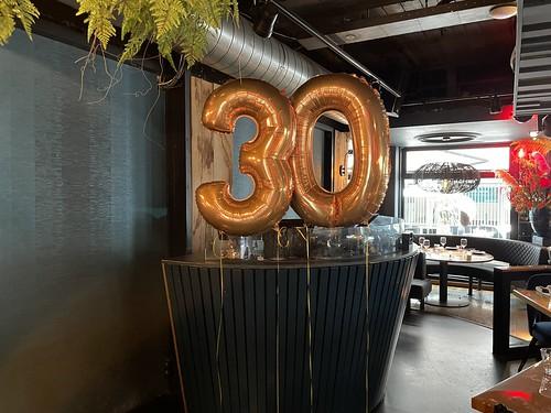 Folieballon Cijfer 30 Verjaardag The Oyster Club Rotterdam