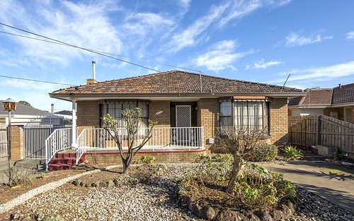 63 Arcade Wy, Avondale Heights VIC 3034