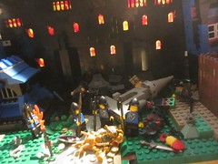 Classic Castle: Black Falcon Victory over Barbarians burning fortification and gold pillaging (FOL MOC Medieval build with Minifigures from faction LEGO )IMG_0004