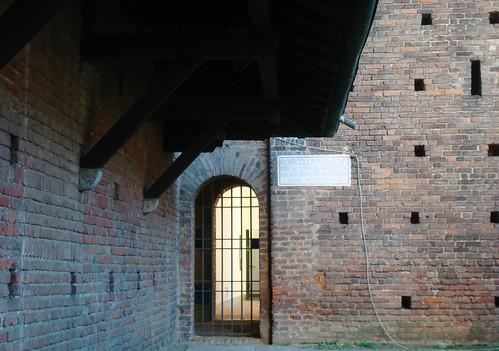 inside Milan 440