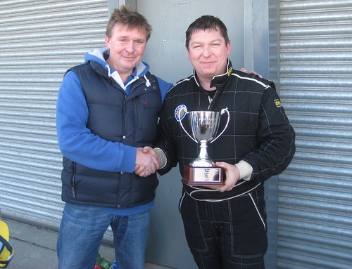 Neil Smith receives Kevin Griffiths Tropy from Simon Griffiths