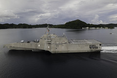 USS Jackson (LCS 6) departs Palau.