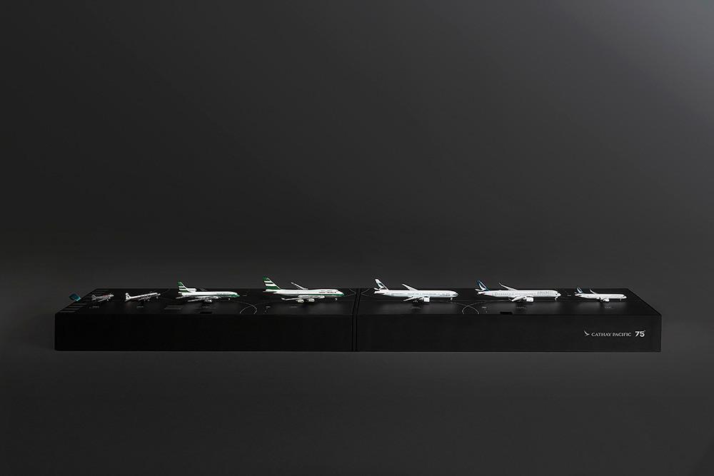 75週年珍藏版飛機模型禮盒套裝-5
