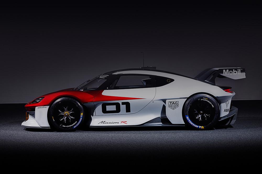 Porsche 210906-2