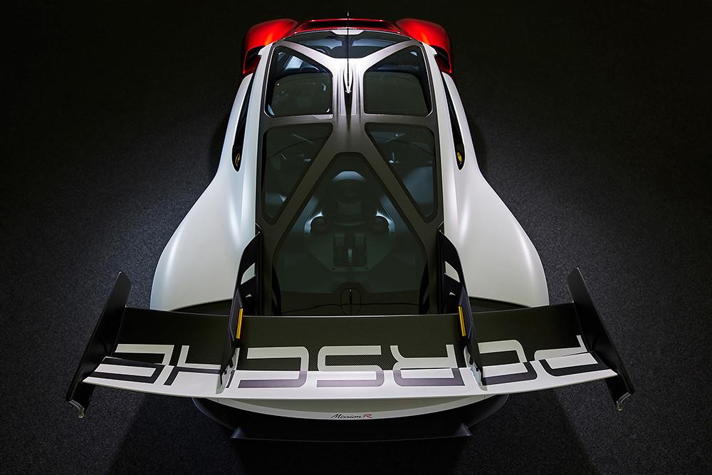 Porsche 210906-5