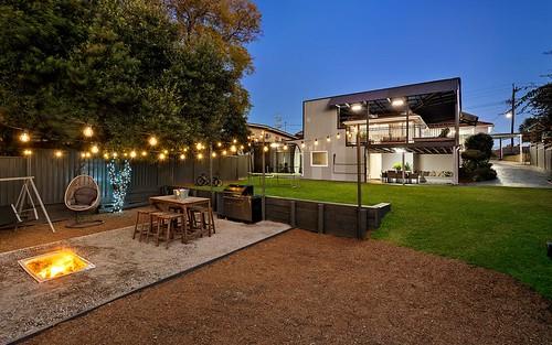 86 Hoddle Av, Campbelltown NSW 2560
