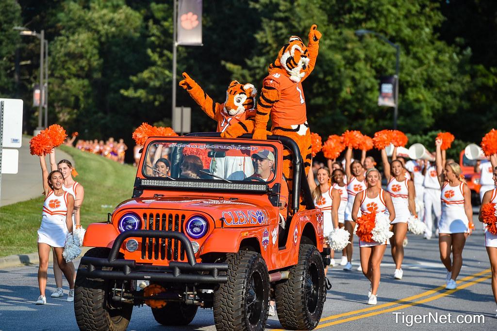 Clemson Photos: The  Tiger, 2021, Football
