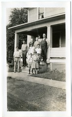 1920 or 21 - Dietrich visiting Neffs maybe in New Philadelphia Ohio