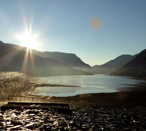Sun over lake peris