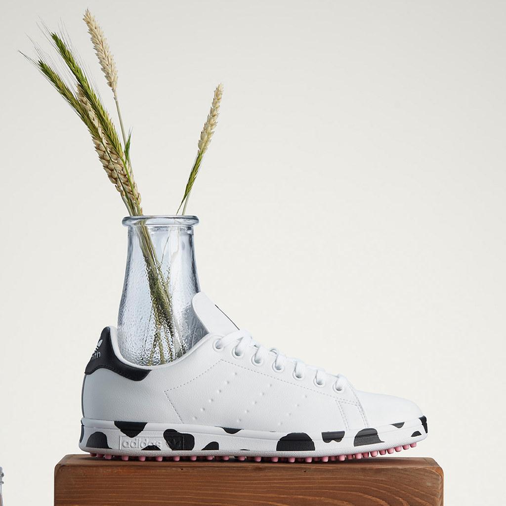 結合威斯康辛州獨特的乳製業歷史文化,adidas Golf充分詮釋富含乳牛花紋的Stan Smith高球鞋