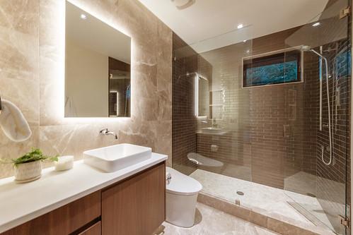 2495 Lucky John Dr Park City-print-012-092-Bathroom-4200x2800-300dpi