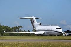 Photo of Executive 727-100