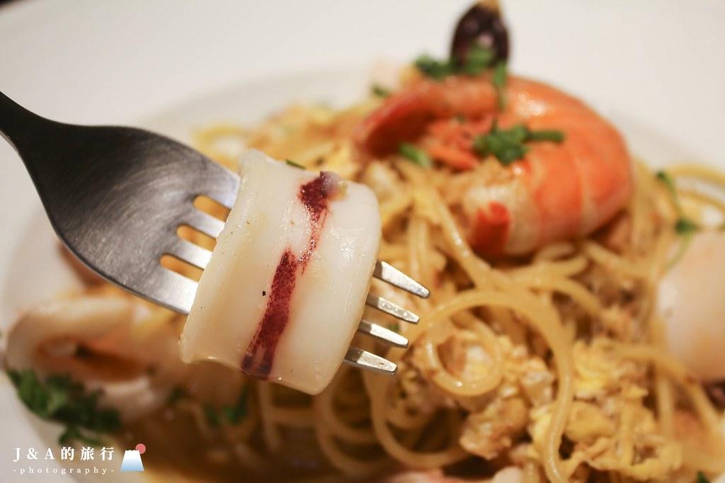 苗圃義大利餐廳。平價好吃,小卷蛋炒義大利麵香氣十足有特色 @J&A的旅行