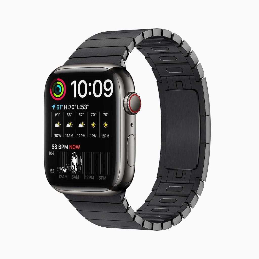 Apple_watch-series7-availability_modular-face_10052021