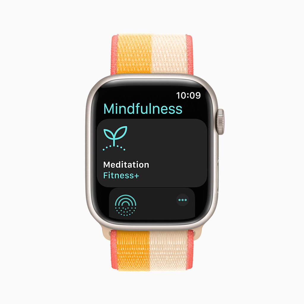 Apple_watch-series7-availability_watchOS-mindfulness_10052021