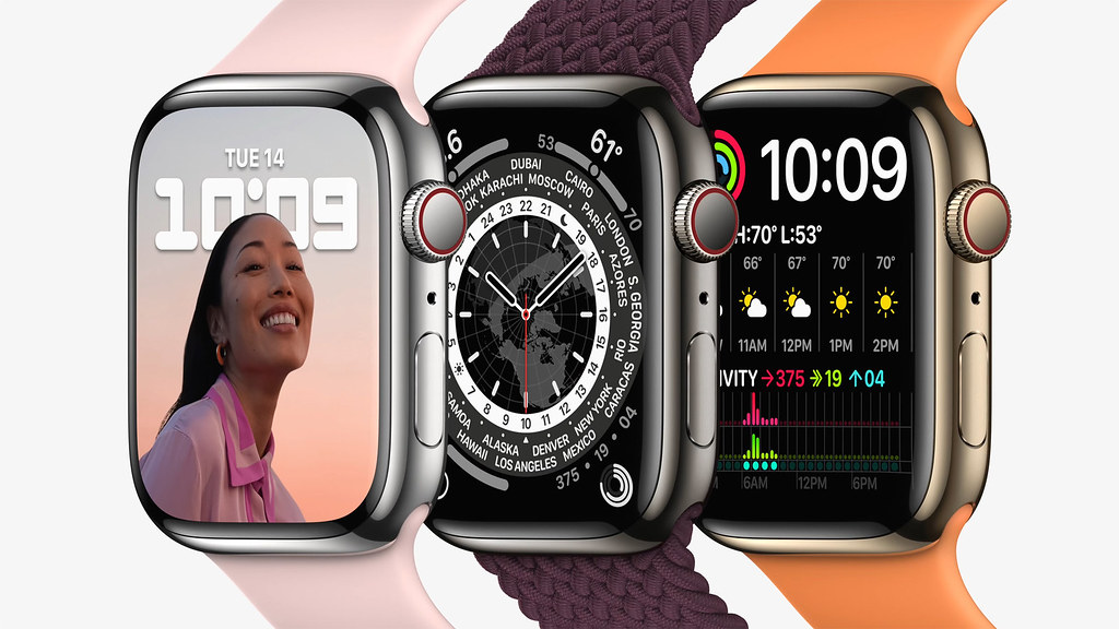 Apple_watch-series7-availability_stainless-steel_10052021