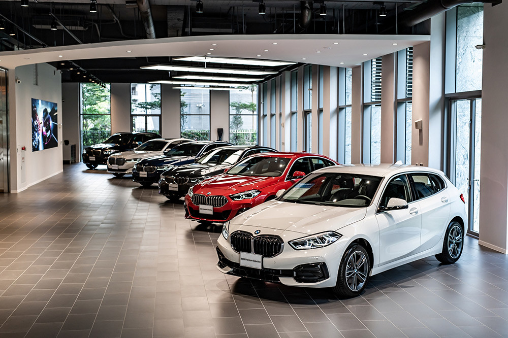 BMW 211004-10