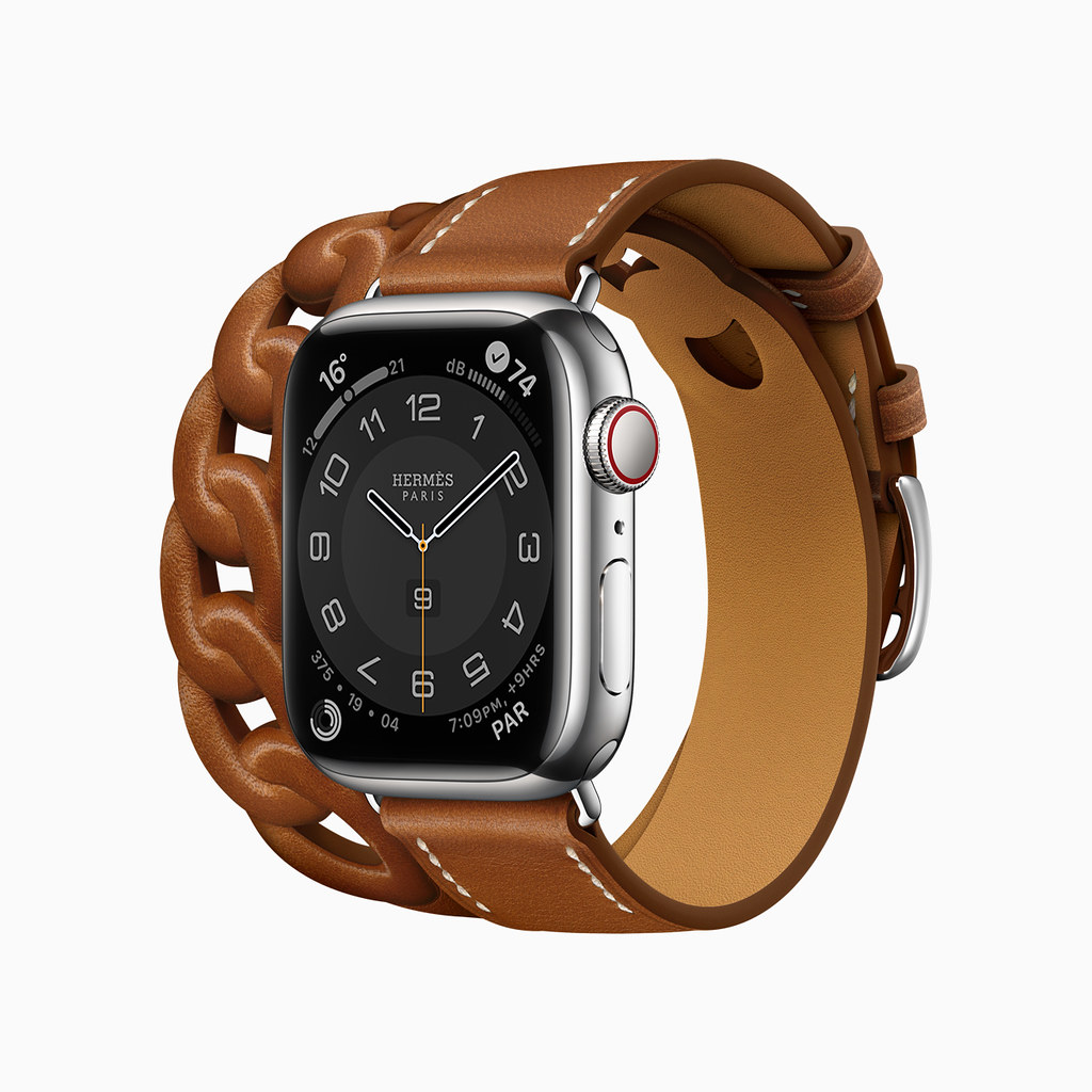 Apple_watch-series7-availability_hermes_10052021