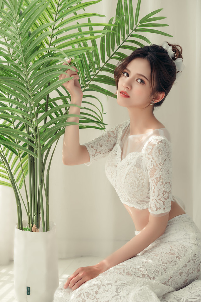 【新秘蓁妮】新娘造型創作 / 俏麗丸子頭