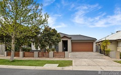 3 Galle Avenue, Officer Vic