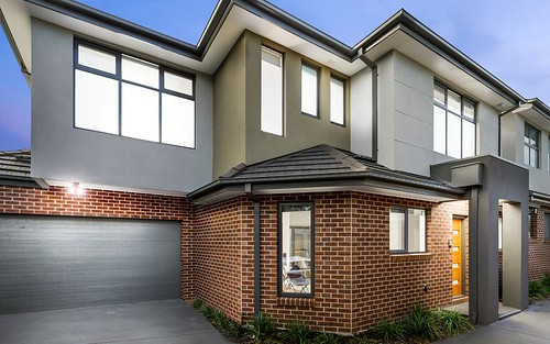 2/89 Bowes Av, Airport West VIC 3042