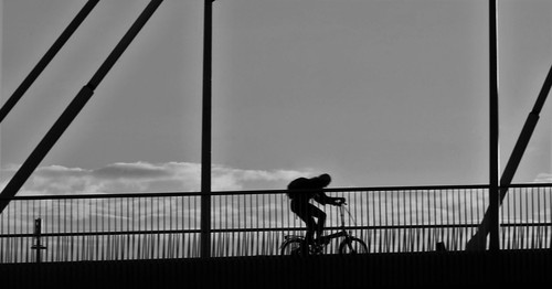 hard work on the bridge in Gent