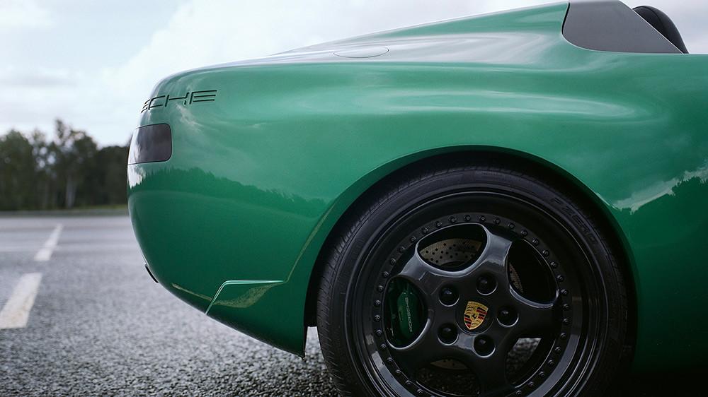 Porsche 211005-9
