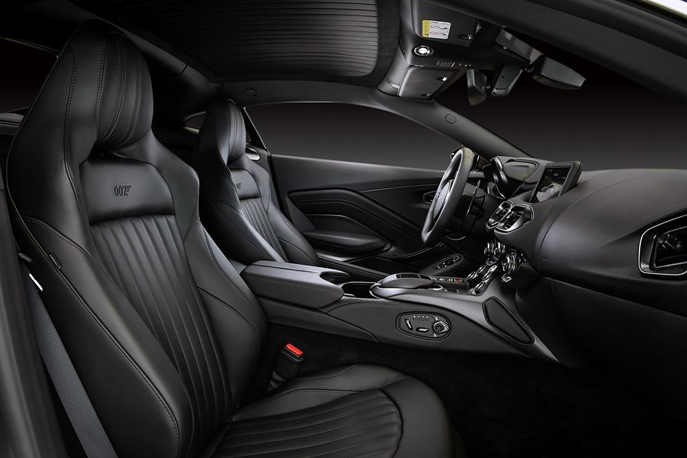 Aston Martin 211007-11