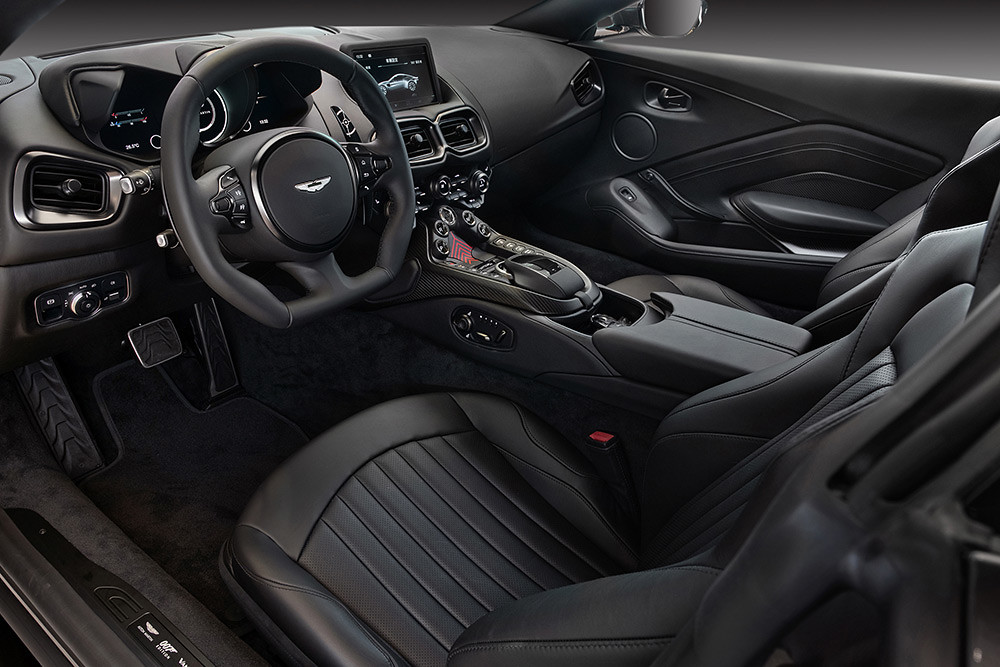 Aston Martin 211007-7