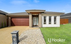 10 Belcam Circuit, Clyde North VIC