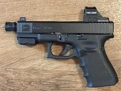 Glock 19 Gen 4 - RMR Cut, front serrations cut. Graphite Black Cerakote