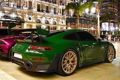 Porsche GT2RS Weissach Package