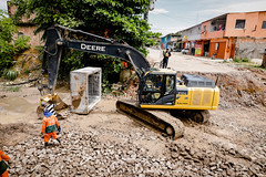 22.10.21 - Prefeitura dá continuidade à ampliação da rede de drenagem profunda no bairro Parque Riachuelo 1