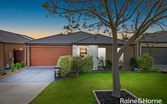 44 Macumba Drive, Clyde North VIC