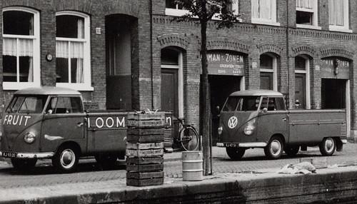 "RJ-83-20 Volkswagen Transporter enkelcabine 1957 ""Looman & Zn"" • <a style=""font-size:0.8em;"" href=""http://www.flickr.com/photos/33170035@N02/5233792565/"" target=""_blank"">View on Flickr</a>"