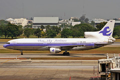 HS-AXA Lockheed L1011 Tristar 1 Thai Sky Airlines BKK 31MAR06 (Ken Fielding) Tags: hsaxa lockheed l1011tristar1 thaiskyairlines aircraft airplane airliner jet jetliner widebody trijet aviation