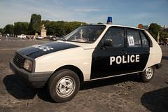 Citroen Visa 11 (dprezat) Tags: citroen visa classic cars voitures automobiles collection police pie policeman vincennesenanciennes traverséedeparis portrait people nikond800 nikon d800