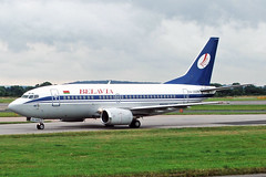 EW-250PA Boeing 737-524 Belavia MAN 15AUG05 (Ken Fielding) Tags: ew250pa boeing b737524 belavia aircraft airplane airliner jet jetliner aviation