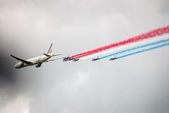 Boeing 777-300ER & la Patrouille de France (dprezat) Tags: alphajet patrouilledefrance boeing 777 airfrance airplane aircraft avions meeting warbirds lafertéalais nikond800 nikon d800