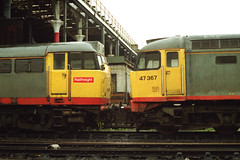 19910615 120 Manchester Victoria. Sporting Railfreight Grey And Red Stripe Livery, 31232 and 47367 (D1886) (15038) Tags: br diesel trains locomotive railways britishrail class47 manchestervictoria class31 d1886 47367 31232